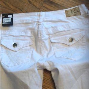 Woman's size 3 white pants Arita jeans Macy's